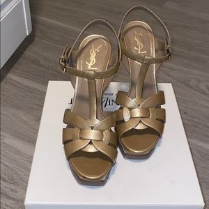 YSL Tribute 105 Sandals Wheat Pearl Patent (Gold)